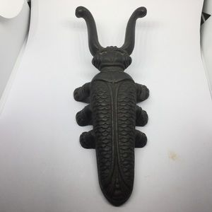 60s Cast Iron Beetle/Bug/Cricket Boot Jack Remover
